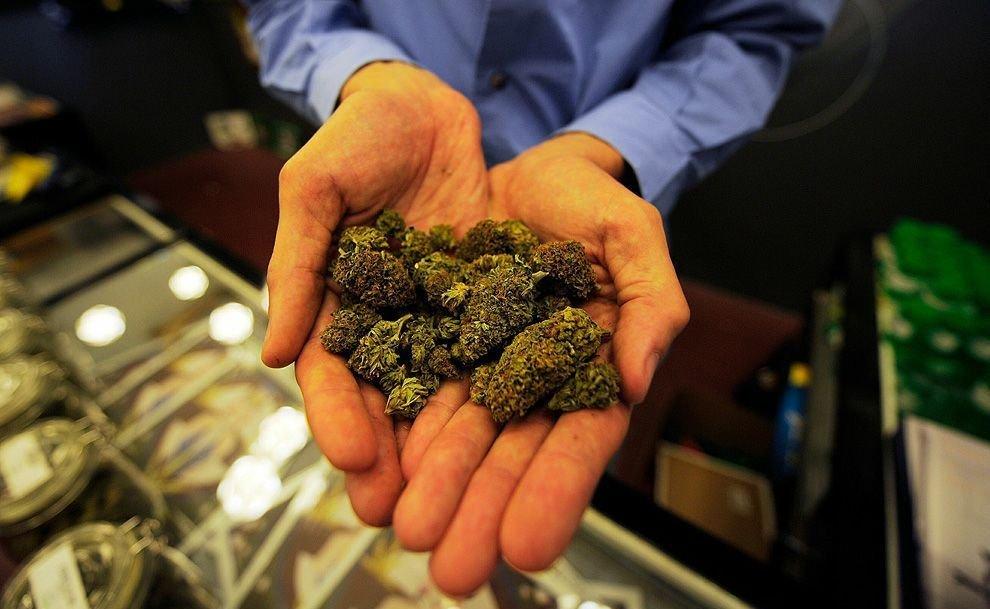 На конференции Crypto Sanctum подавали блюда с марихуаной