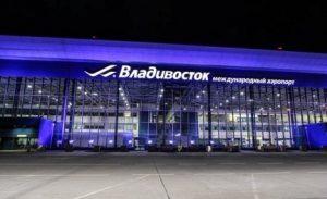 Работники аэропорта во Владивостоке украли майнер из багажа клиента