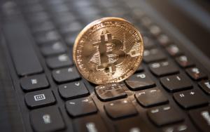 В Канаде и Британии использование биткоина крупными компаниями растет