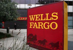 «Wells Fargo» запретил клиентам покупать криптовалюту в кредит