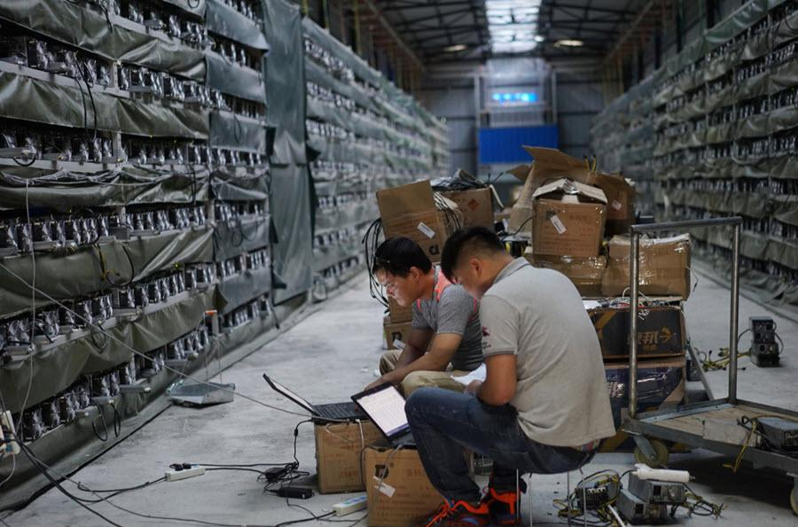 Китайские власти заставляют майнинг-компании свернуть добычу в автономном регионе