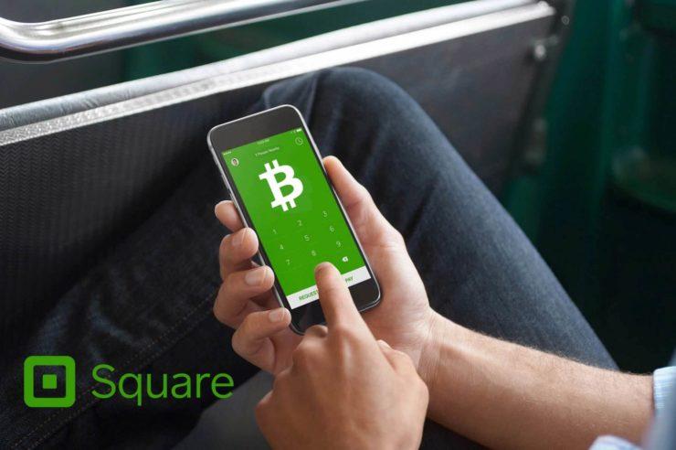 Миллионы торговцев вскоре смогут принимать криптовалюту  Square, специализирующейся на цифровых платежах, удалось получить патент в США на создание сети платежей, которая предоставит возможность компаниям принимать оплату за услуги или товары в разных валютах, в том числе и в виртуальных. По информации пресс-службы компании, американское ведомство по патентам решило одобрить заявку Square, которая была подана в начале осени прошлого года. Square не единственная компания, предоставляющая возможность принимать платежи в электронной валюте. Однако данная компания охватывает большую часть рынка, то есть добавление таких такой возможности в систему позволит нескольким миллионам компаний принимать цифровую валюту напрямую без обращения к другим платформам. В заявке подчеркивается, что платежная услуга сможет облегчить платежи в режиме реального времени в любых видах валюты.