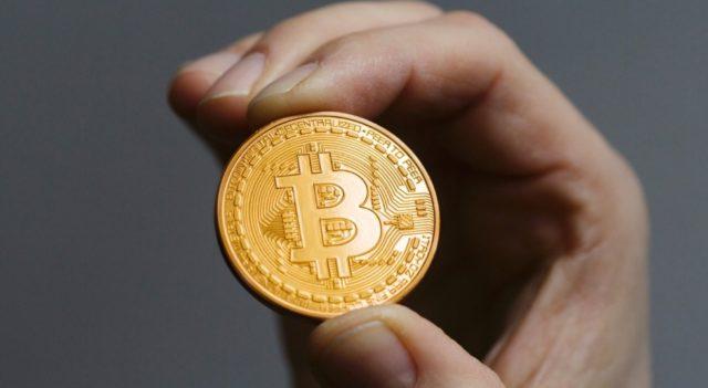 66% криптоинвесторов хотят получать зарплату в биткоине