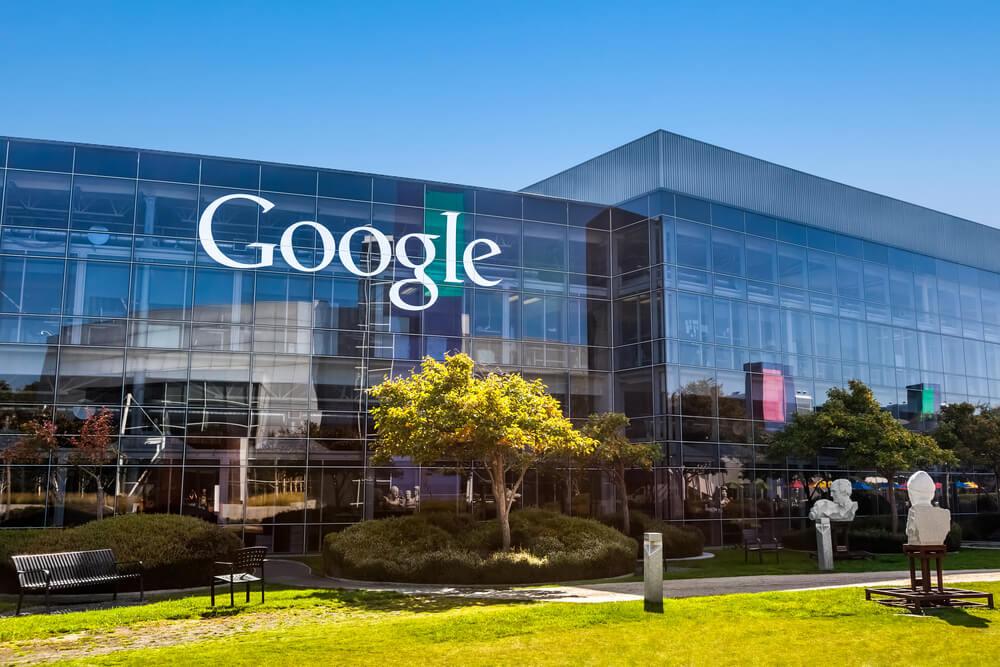 Google намерен размещать рекламу криптокомпаний из Японии и США