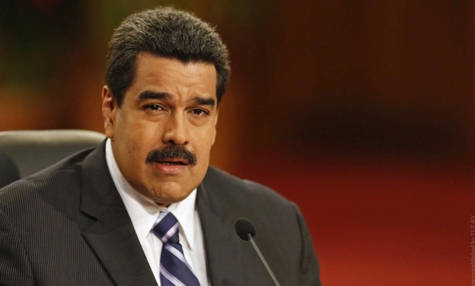 Финтех-план Мадуро привел к большим очередям на местных заправках