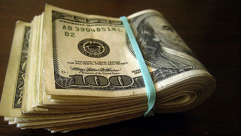 Эксперт: Долг США неизбежно приведет к кризису, сохранить средства поможет криптовалюта