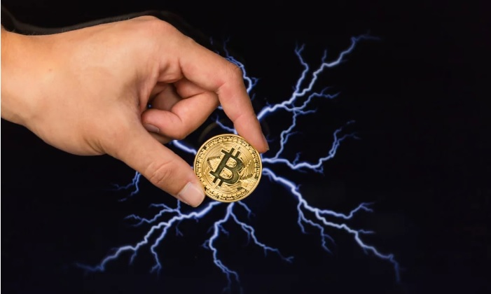 Джек Дорси уверен, что альткоинам не удастся превзойти биткоин