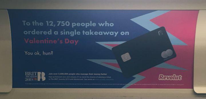 Реклама Revolut в метро