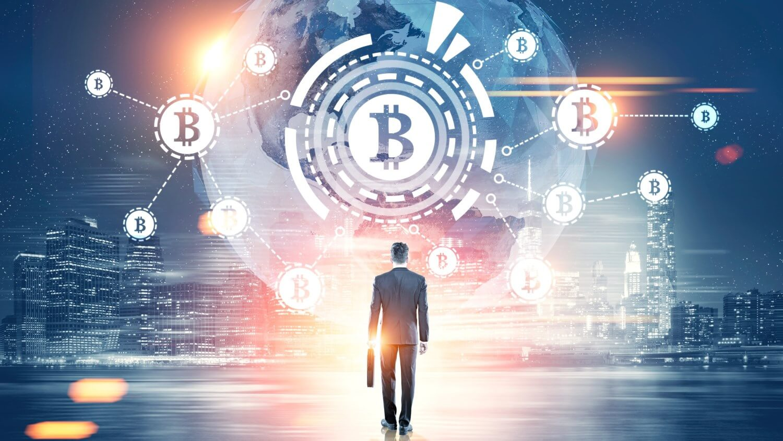 Эксперт: Криптоинвесторы должны сейчас покупать валюту