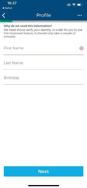 Вводим свои реальные имя, фамилию, дату рождения. Имя и фамилию - транслитом, как в загранпаспорте
