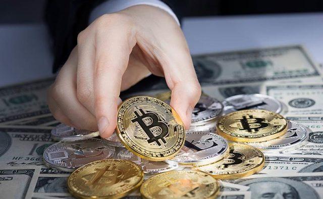 Криптоаналитики утверждают, что курс биткоина ожидает резкий откат