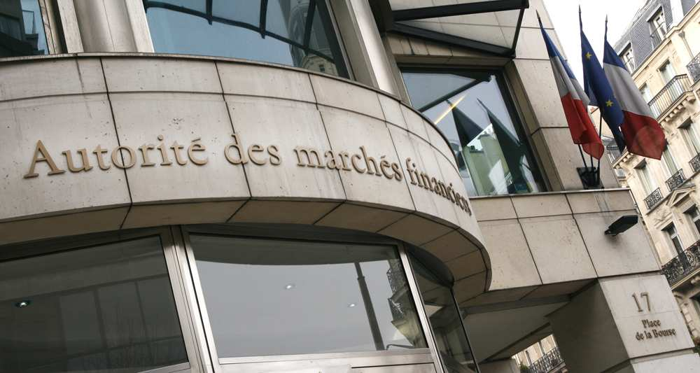 Французы стали чаще жаловаться на криптовалюту