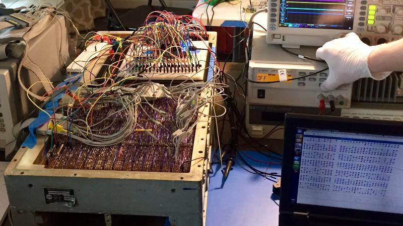 Ученый из США смог добыть биткоины на 52-летнем компьютере
