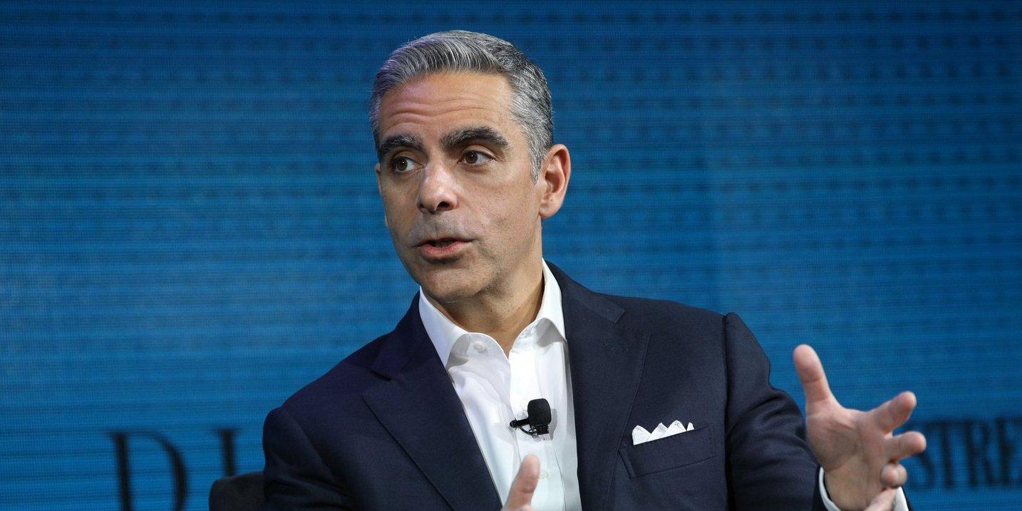Маркус заверяет, что Facebook откажется от контроля над Libra