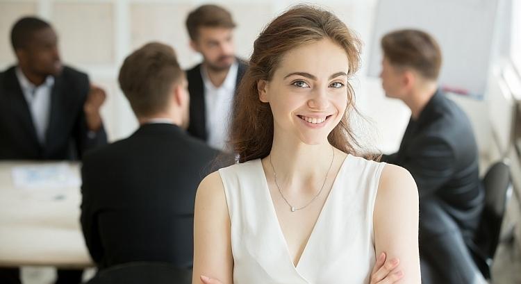 Исследование: Среди инвесторов, проявляющих интерес к BTC, более 40% женщины