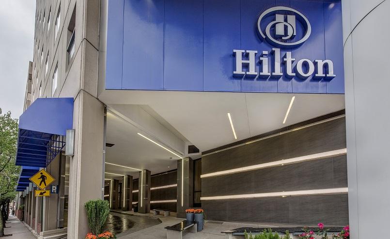 Сеть отелей Hilton намерена уволить 22% сотрудников из разных стран