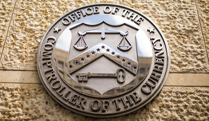 Американский регулятор хочет наладить сотрудничество банков и крипто