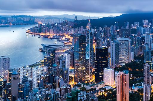 Крупные компании могут перевезти бизнес из Гонконга