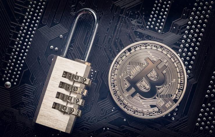 Взломавший биткоин-кошелек разработчик уверяет, что BTC в безопасности