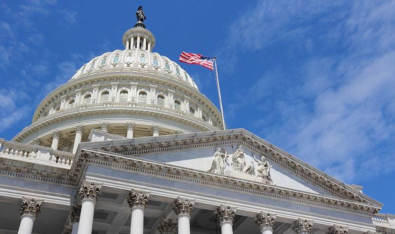 Сенаторы предложили выделить дополнительный триллион на поддержку экономики США