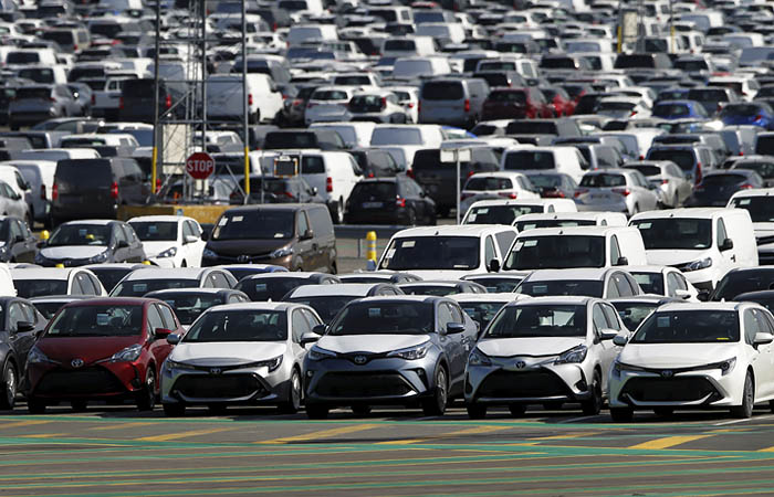 Автопроизводители потеряли $250 млрд. выручки