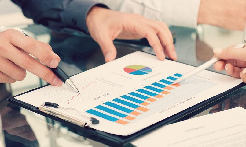 Инвестиции в коммерческую недвижимость снизились почти на треть