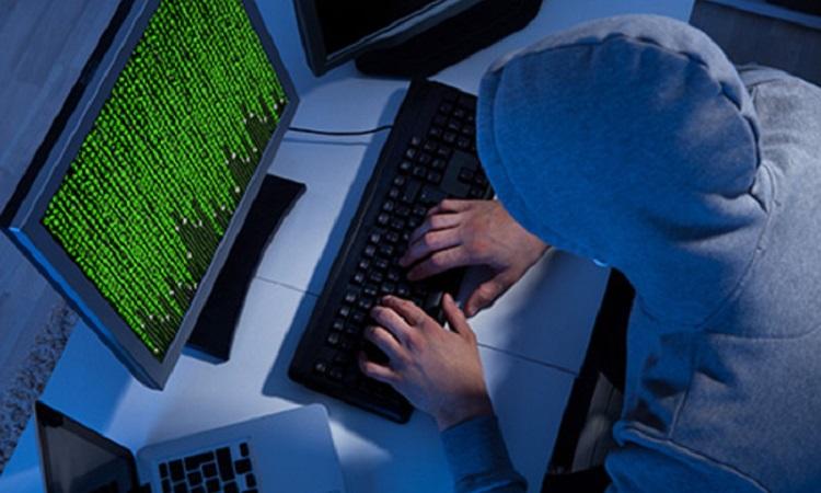 Хакер сжалился над двумя пользователями и вернул $95 000 в Dai