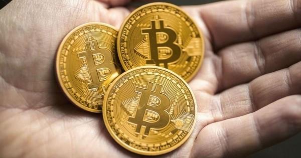 Из-за роста глава deVere Group продал часть биткоинов