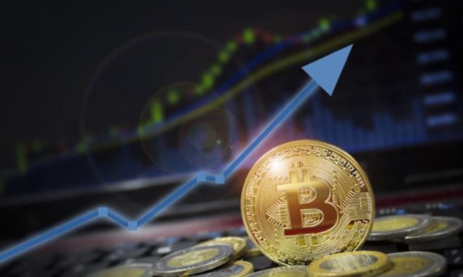 Эксперт: При следующем импульсе курс биткоина может превысить $40 000