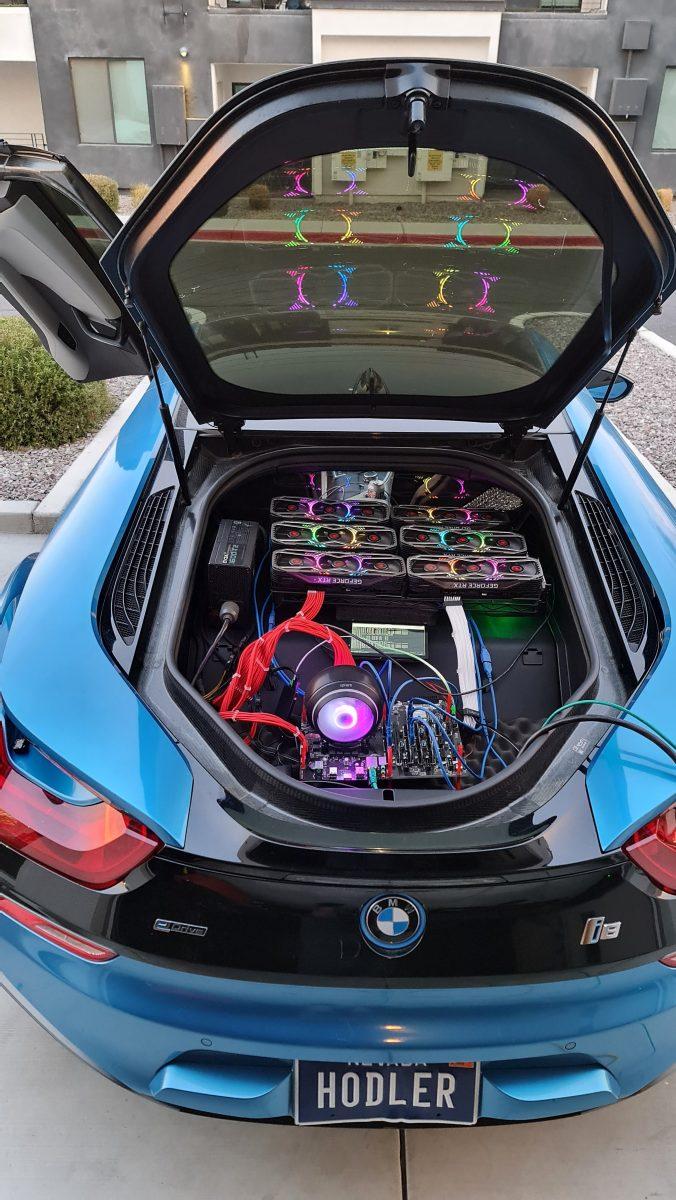 Американец Саймон Берн сообщил в сети о размещении небольшой майнинг-фермы в гибридном спорткаре BMW i8. По его информации, данную ферму мужчина расположил в багажнике автомобиля, она включает 6 видеокарт Nvidia RTX 3080, блок питания EVGA SuperNOVA и плату ASUS B250 Mining Expert. «Майнинг-ферма питается от автомобильного аккумулятора… Я решился на установку оборудования в автомобиле своими руками, чтобы позлить геймеров», - заявил Берн. Стоит отметить, что мощность аккумулятора BMW i8 составляет 3500 Вт, а данная ферма потребляет 1500 Вт, чтобы предотвратить перегрев оборудования, багажник всегда должен быть открыт.