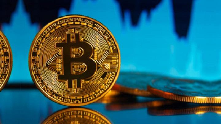 Экс-глава Goldman Sachs выступил за усиление регулирования крипто
