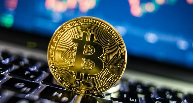 Инвестор призвал продавать биткоины
