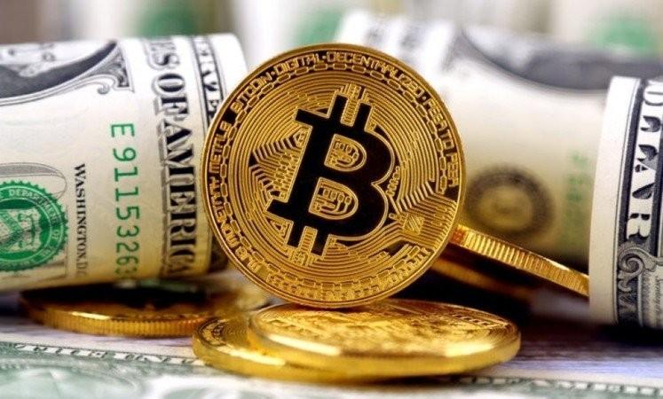 Выигравшему миллионы американцу посоветовали купить биткоин