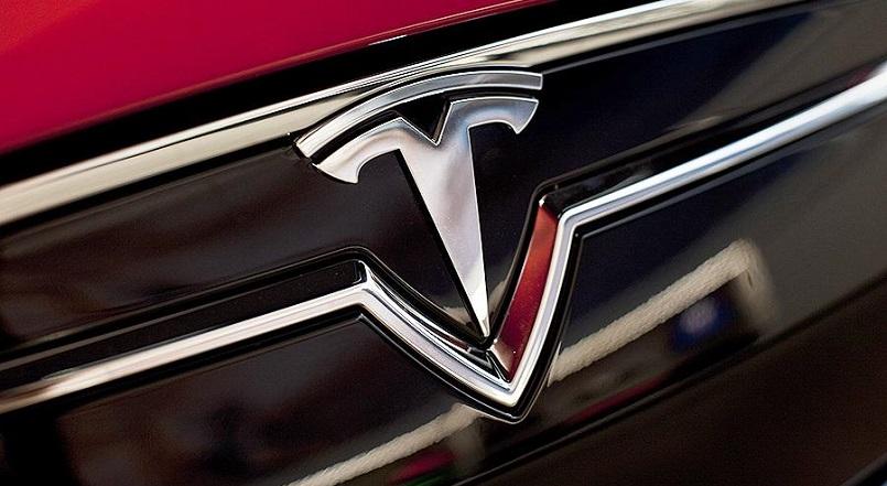 Член совета директоров Tesla связан с двумя криптокомпаниями