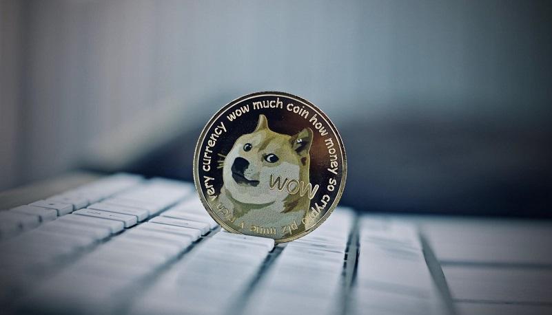 Курс Dogecoin резко вырос почти на 88%