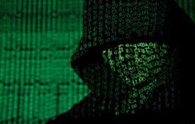 Хакеры объявили войну Илону Маску