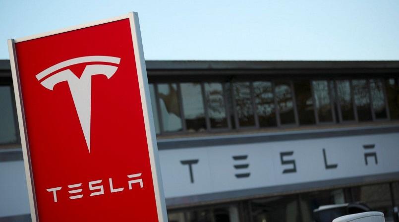 Из-за падения биткоина Tesla пришлось списать $23 млн.