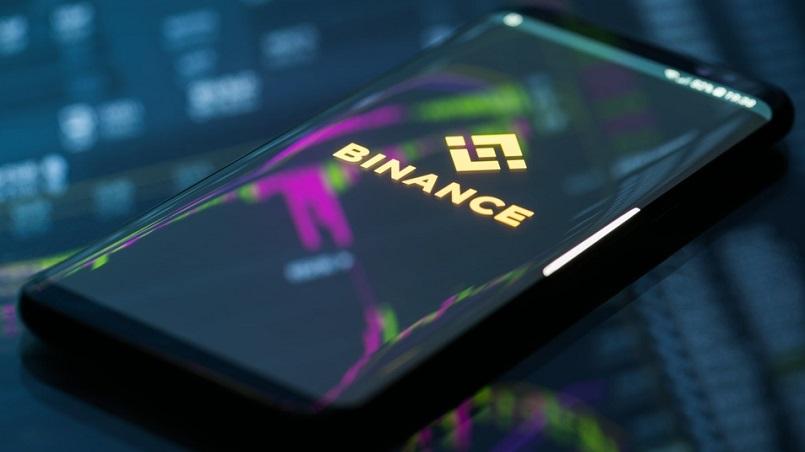 Binance заблокировала аккаунт клиента из-за перевода на Suex