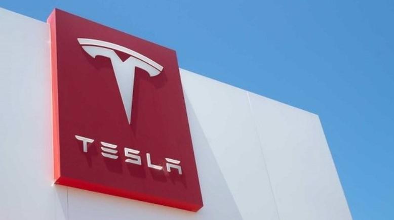 Tesla может возобновить платежи в биткоинах