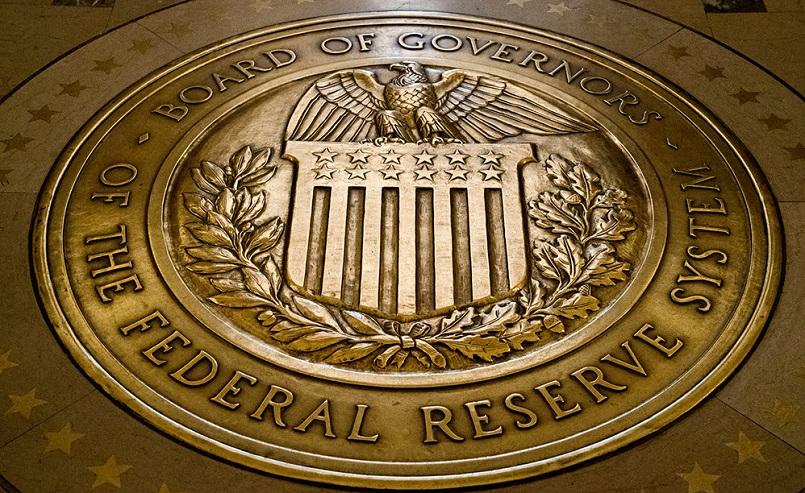 ФРС не планирует запрещать криптовалюты